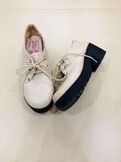 Bagic shoes