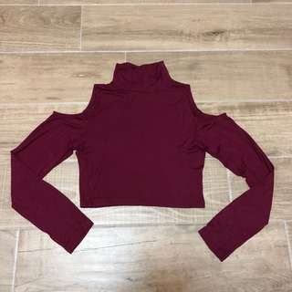 Sz S Small maroon cold cut out shoulder mock neck crop top