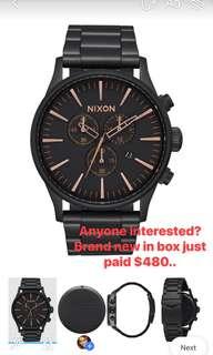 Nixon sentry chrono  black and rose gold watch