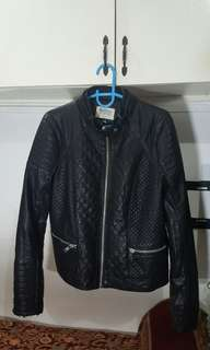 BERSHKA LEATHER JACKET