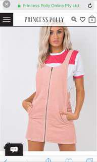 Princess Polly afends overalls