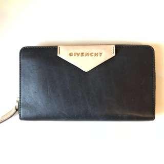 Givenchy Antigona Zip Long Wallet
