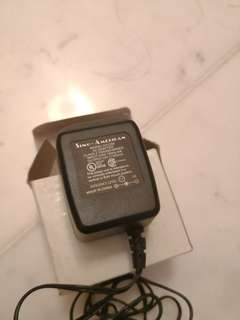 12V power adapter (120V) centre negative