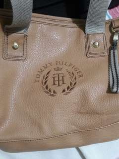 Tommy Hilfiger Brown Bag