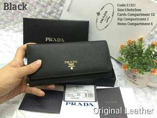 Prada purse with full set packing