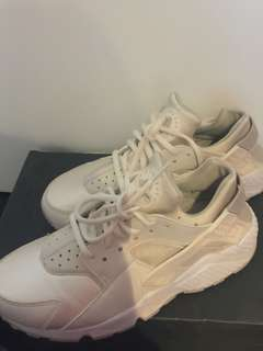 Authentic Nike white hurache