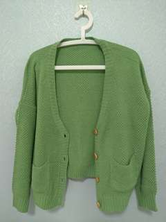 🚚 木釦綠色針織外套 #畢業一百元出清
