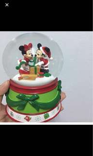 Mickey Minnie Snow globe