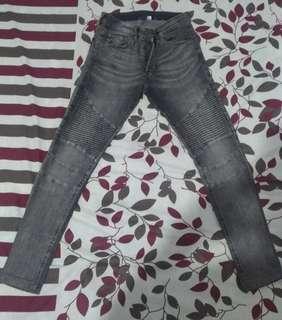 celana jeans h&m preloved
