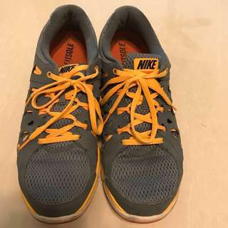 Nike Dual Fusion Running Shoes size US 10 UK 9 EU 42