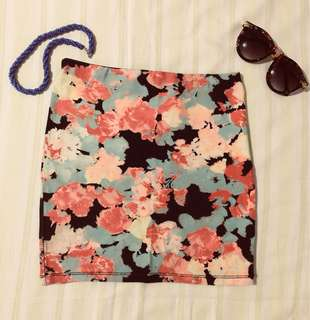 BERSHKA floral fitted skirt