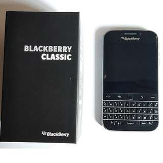 Blackberry Classic with Box and Accessories Trade OK