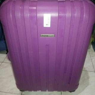 Medium Luggage (Maleta)