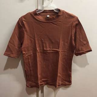 Uniqlo Rust/Brown Ribbed Top
