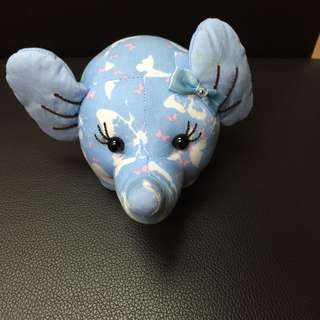 Small cute elephant- blue( 8cm )