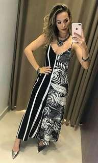 🐋Black and white Maxi strap dress