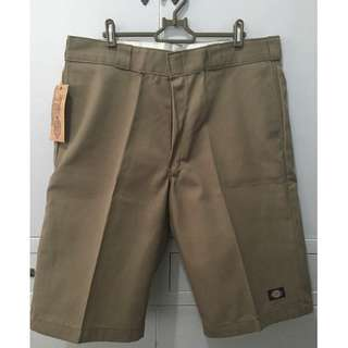 """ON SALE! Authentic Dickies15""""Relax Fit Multi-Use PocketShort"""