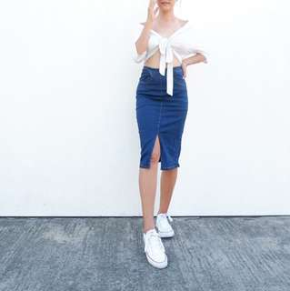 Knee HW Skirt