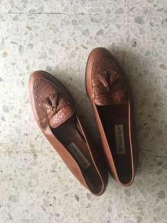 Vintage Etienne Aigner Shoes