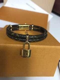 LV bracelet 手帶