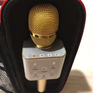 Q7 Microphone With In-Built Speaker Set