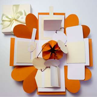 Mandarin Orange Explosion Gift Box