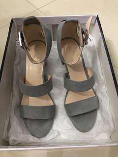 Nine West grey heels
