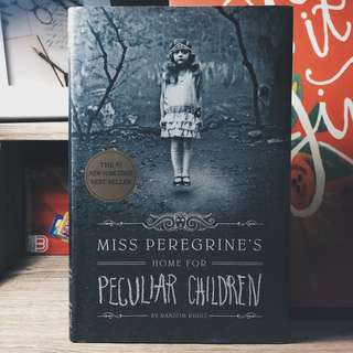 Miss Peregrine's Home for Peculiar Children #1 (Ransom Riggs)