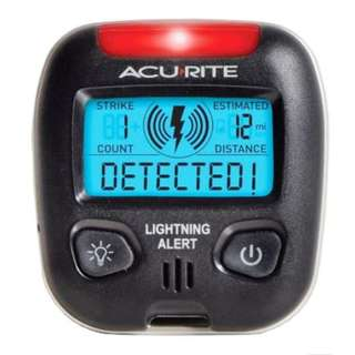 AcuRite 02020 Portable Weather Lightning Storm Detector