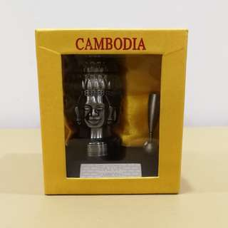 Pen holder with Buddha face