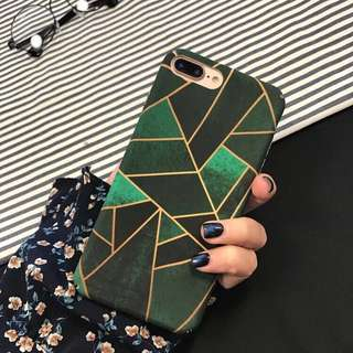 🌼C-1065 Geometric Dark Green Case for iPhone🌼