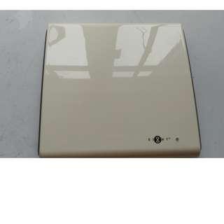 EIGHT 8仔數碼電視室內接收器 HDTV Indoor receiver