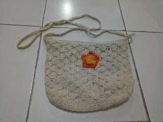 Sling bag putih