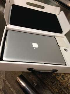 Need cash $?? We do buy back and pawn service for all laptop MacBook and handphone