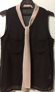 Sleeveless Top (Loalde)