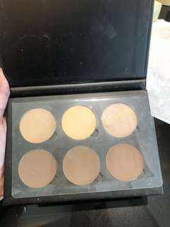 Sale Contour Kit ANASTASIA beverly hills