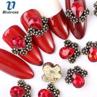 Blueness 5Pcs/lot Retro Flower Heart Rhinestones Nails Design Manicure 3D Jewelry Nails Art Decorations UV Gel Metal Studs