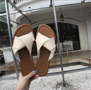 White simple flat sandal shoes