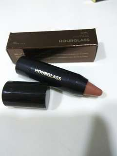 hourglass lip stylo