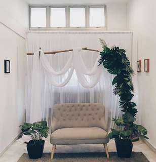 [Rental] Customised Rustic Wooden Arch Backdrop