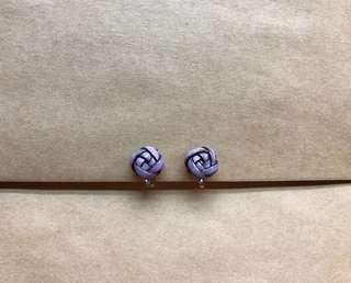 🚚 紫色玫瑰手工編織耳環(夾式)#畢業一百元出清