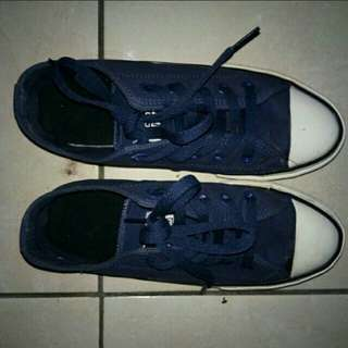 Converse navy import