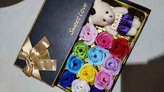 Kotak Bunga + Boneka soap flower gift box