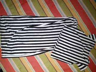 TERNO BLACK AND WHITE CROP TOP AND LONG SKIRT