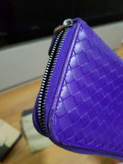 Bottega  veneta  preloved long purple wallet