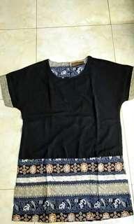 batik black top