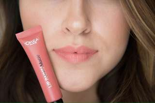 L'Oreal Infaillable Lip Paints in Hollywood Beige