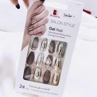Press On Nails with Nail Art