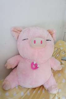 Pig stuffed toy