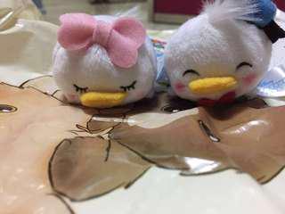 半價出售日本Tsum tsum Daisy Donald一套